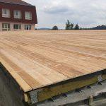 9. Hotové bednění střechy nad šatnami